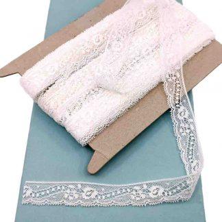 Puntilla Valencienne 100% algodón en color blanco de ancho 20 milímetros