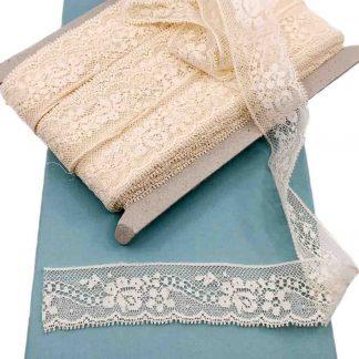 Puntilla Valencienne 100% algodón en color beige de ancho 28 milímetros