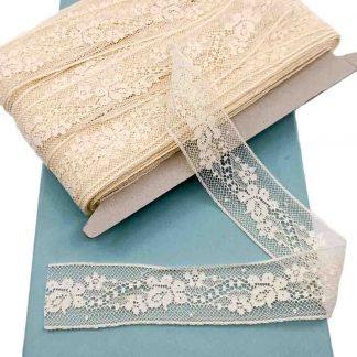 Entredós Valencienne 100% algodón en color beige de ancho 25 milímetros