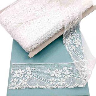 Puntilla Valencienne 100% algodón en color blanco de ancho 45 milímetros