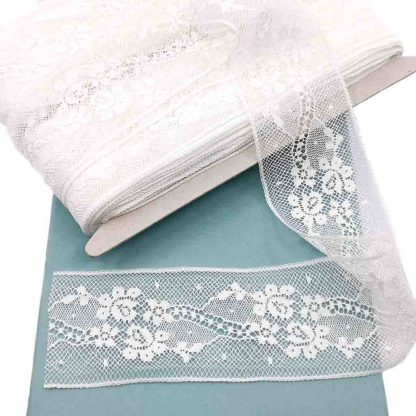 Entredós Valencienne 100% algodón en color blanco de ancho 45 milímetros