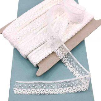 Puntilla Valencienne 100% algodón en color blanco de ancho 22 milímetros