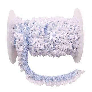 Puntilla de doble encaje plisado en color blanco y azul bebé de ancho 20 milímetros