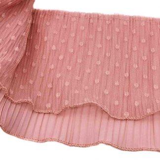 Tira plisada de doble capa de tul bordado con topos más gasa en color rosa empolvado