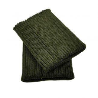 Puños de punto en color verde kaki militar