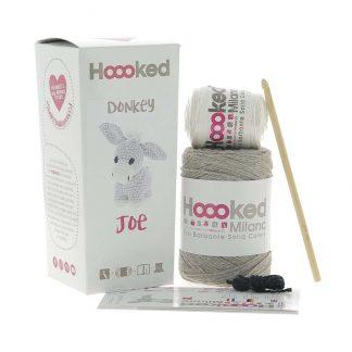 kit amigurumi de la marca Hoooked para tejer al burro Joe