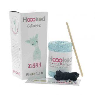 kit amigurumi de la marca Hoooked para tejer la jirafa Ziggy Spring