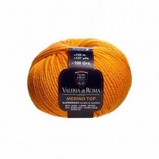 Ovillo de lana para tejer modelo Merino Top de la marca Valeria Lanas